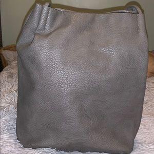 🚨4/$30 Gray tote bag